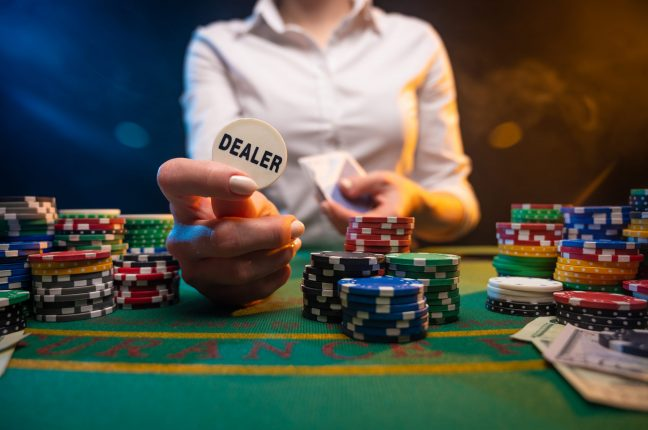 The Pros And Cons Of Live Dealer Casinos